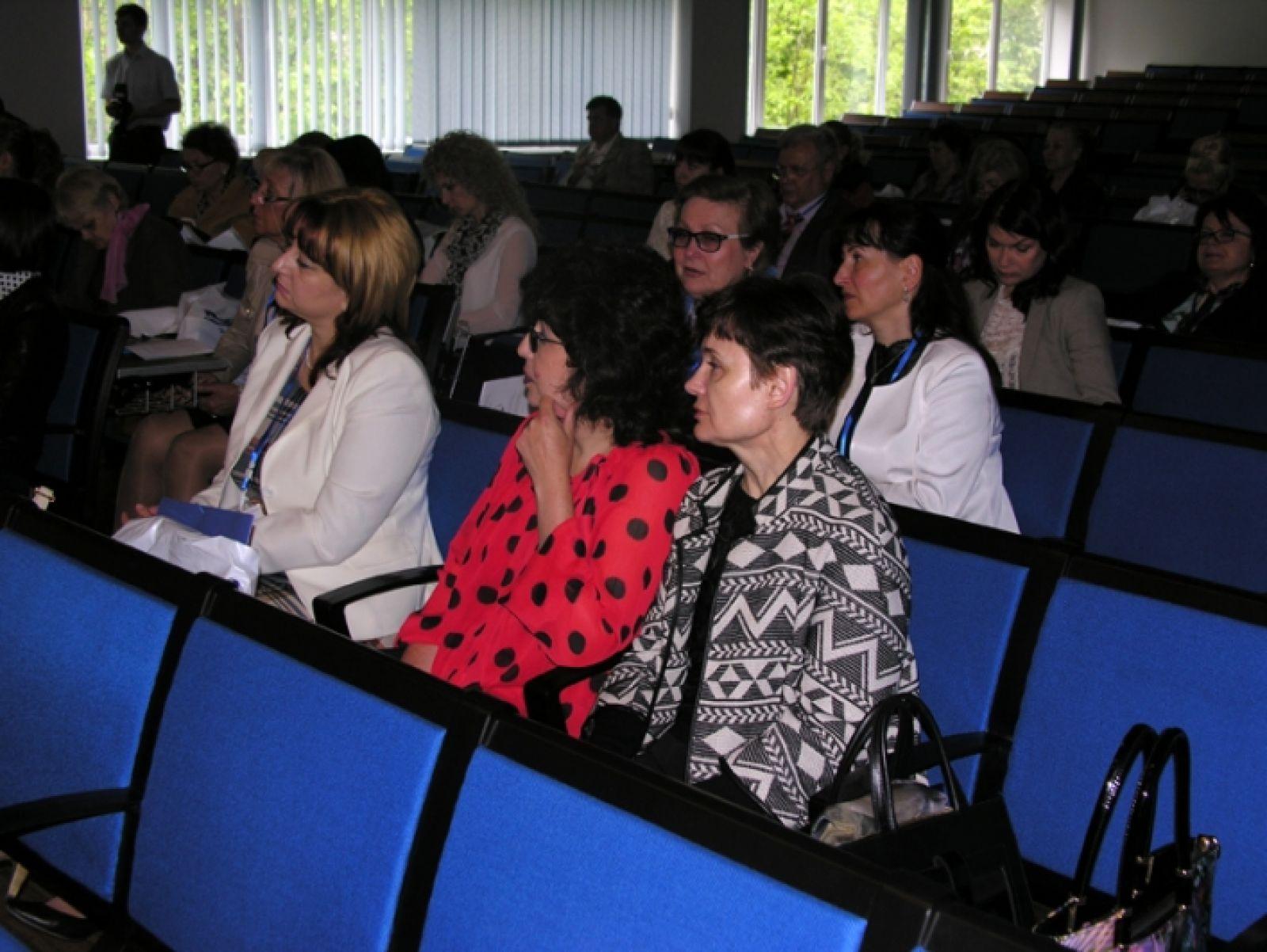 conferință de oftalmologie vederea s-a deteriorat după naștere